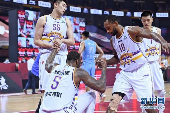 (体育)(5)篮球――CBA复赛第二阶段:新疆伊力特胜北京控股