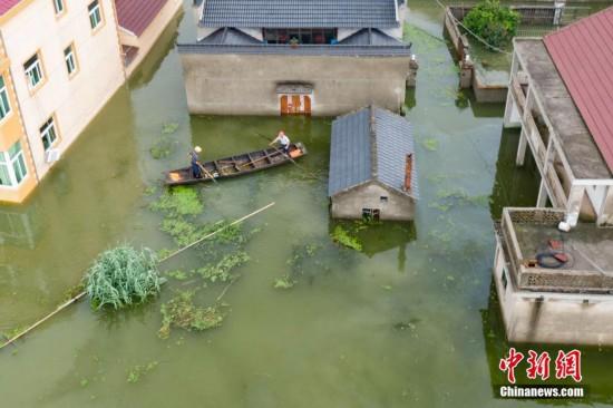 南京石臼湖水位持续上涨 溧水部分房屋被淹