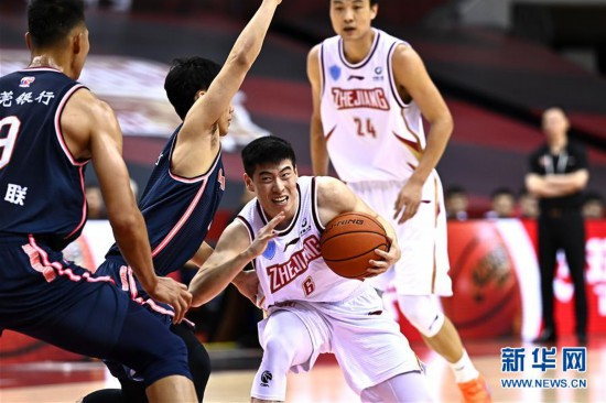 (体育)(4)篮球――CBA复赛第二阶段:浙江稠州银行迎战广东东莞银行