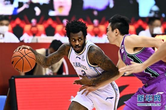 (体育)(5)篮球――CBA复赛第二阶段:苏州肯帝亚迎战山东西王