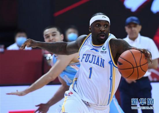 (体育)(11)篮球――CBA复赛第二阶段:福建豹发力对阵新疆伊力特