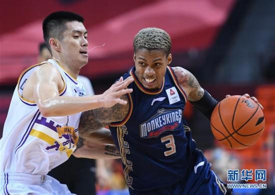 (体育)(19)篮球――CBA复赛第二阶段:北京控股胜南京同曦宙光