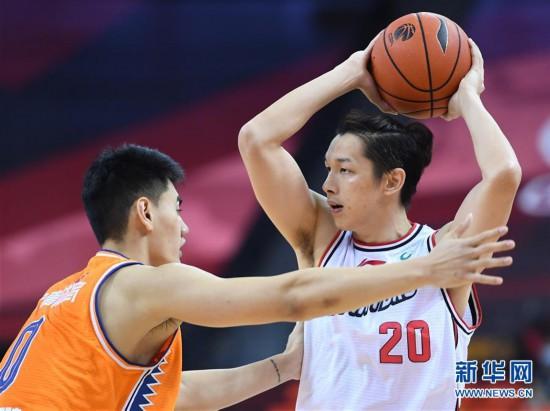 (体育)(8)篮球――CBA复赛第二阶段:深圳马可波罗对阵上海久事
