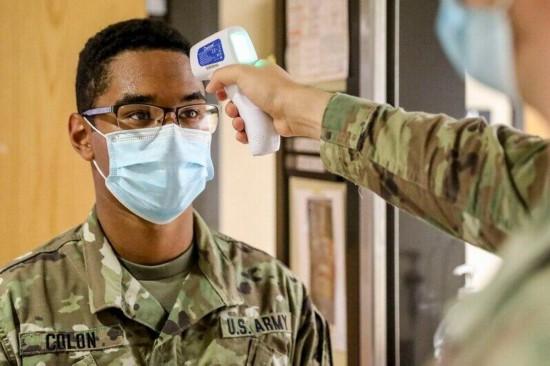 美军部队累计已有2.3万人感染新冠发病率持续上升
