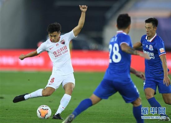 (體育)(5)足球——中超:深圳佳兆業不敵上海綠地申花
