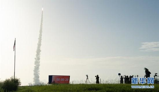 """(国际)(7)美国发射""""毅力""""号火星车 将探索火星生命迹象"""
