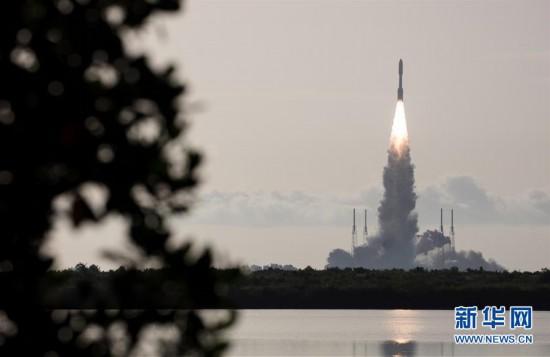"""(国际)(11)美国发射""""毅力""""号火星车 将探索火星生命迹象"""