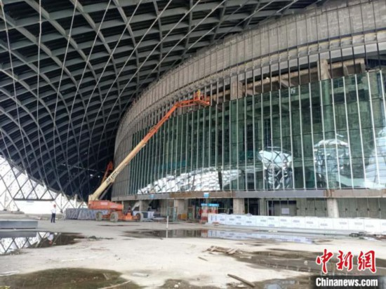 """杭州""""亚运三馆""""项目建设现场。 胡丁于 摄"""