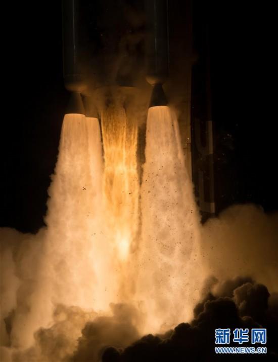 """(国际)(9)美国发射""""毅力""""号火星车 将探索火星生命迹象"""