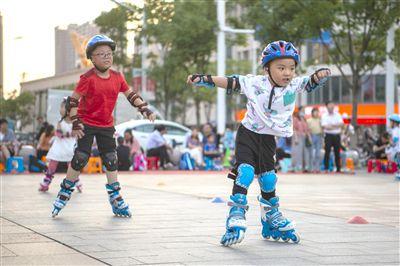 海安暑期兴趣班受欢迎 孩子们在运动中强健体魄