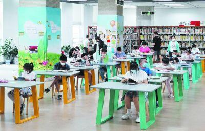 """南京""""高燒""""不退 清涼圖書館成讀書好去處"""