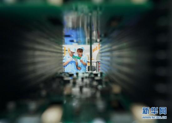 (经济)(3)河北秦皇岛:赶制订单生产忙