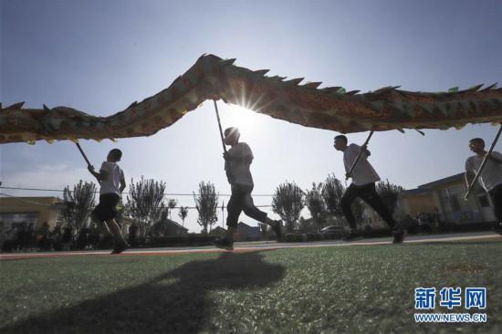 #(文化)(1)河北遵化:暑期学民俗