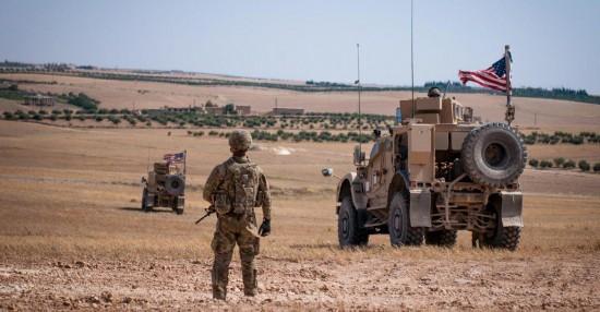 美国在叙利亚东北部军事基地遭火箭弹袭击