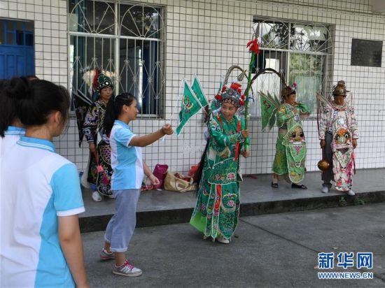 #(感悟非遗)(1)贵州天柱:乐享侗戏度暑假