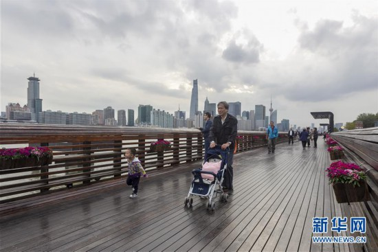 (新华全媒头条·走向我们的小康生活·图文互动)(3)城市,让人民生活更美好