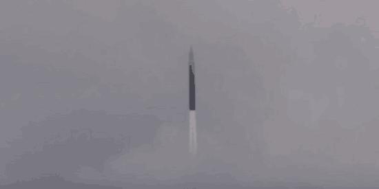 日媒:日本考虑和美国合建卫星群,探测中俄高超音速导弹