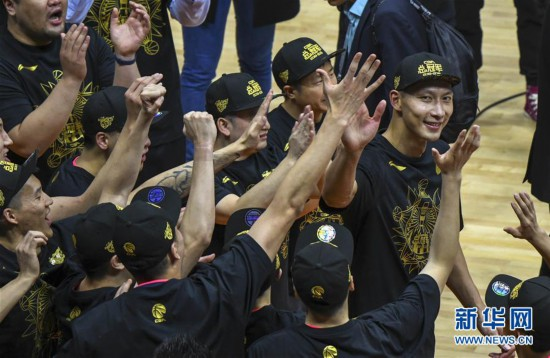 (体育・专题)(18)篮球――CBA:广东队十冠之路