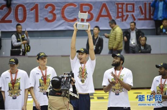 (体育・专题)(15)篮球――CBA:广东队十冠之路
