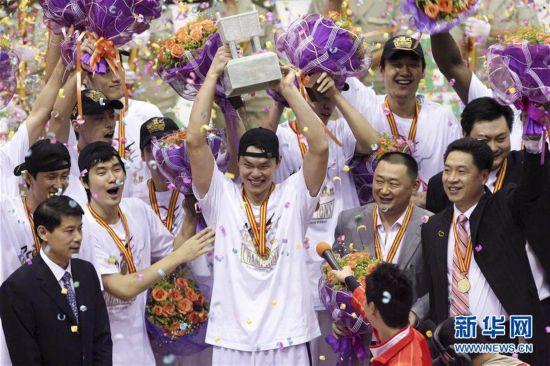 (体育・专题)(9)篮球――CBA:广东队十冠之路