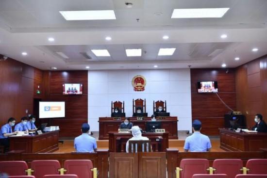 检察长出庭履职:涉黑案件开庭审理,逃犯自愿认罪认罚