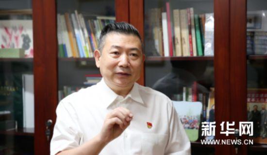 北京小学校长李明新:开学前不妨跟孩子聊聊天