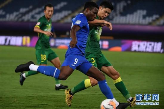 (体育)(4)足球――中超:石家庄永昌平北京中赫国安
