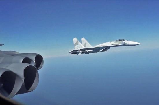 俄军战斗机5天内3次拦截美军B-52轰炸机血战杭州湾全集