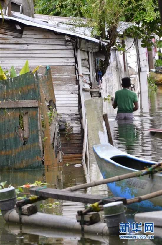 (国际)(1)斯里兰卡遭遇暴雨天气