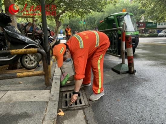 南京鼓楼:42处菜场500米内精细化保洁再提升