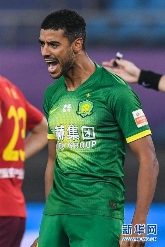 (体育)(10)足球――中超:河北华夏幸福平北京中赫国安
