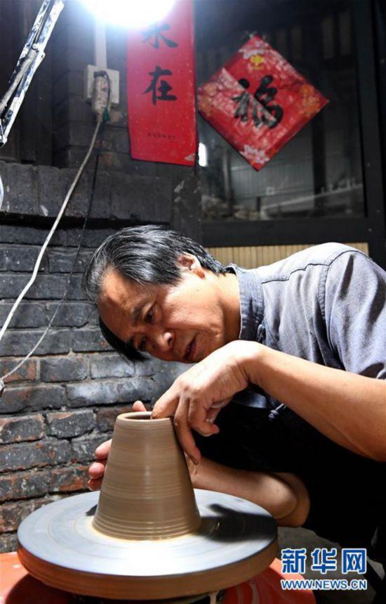 """(文化・黄河文化带・图文互动)(7)千年窑火:生生不""""熄"""",炼铸永恒之美"""
