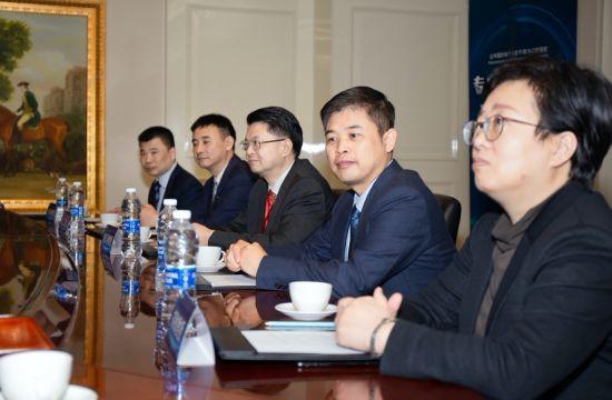 """业界专家聚首重庆 共论""""颜值经济时代""""口腔医疗行业发展"""