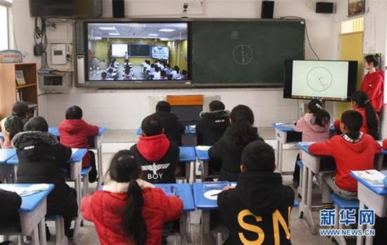"""山裡娃也能上好學——一位鄉村教師的""""十三五"""""""
