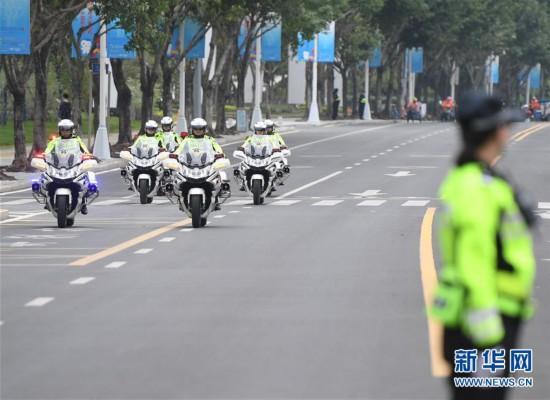 福州交警骑警正式亮相
