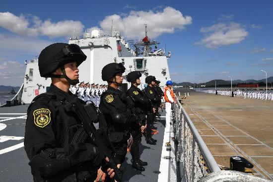 海军第35批护航编队完成任务凯旋