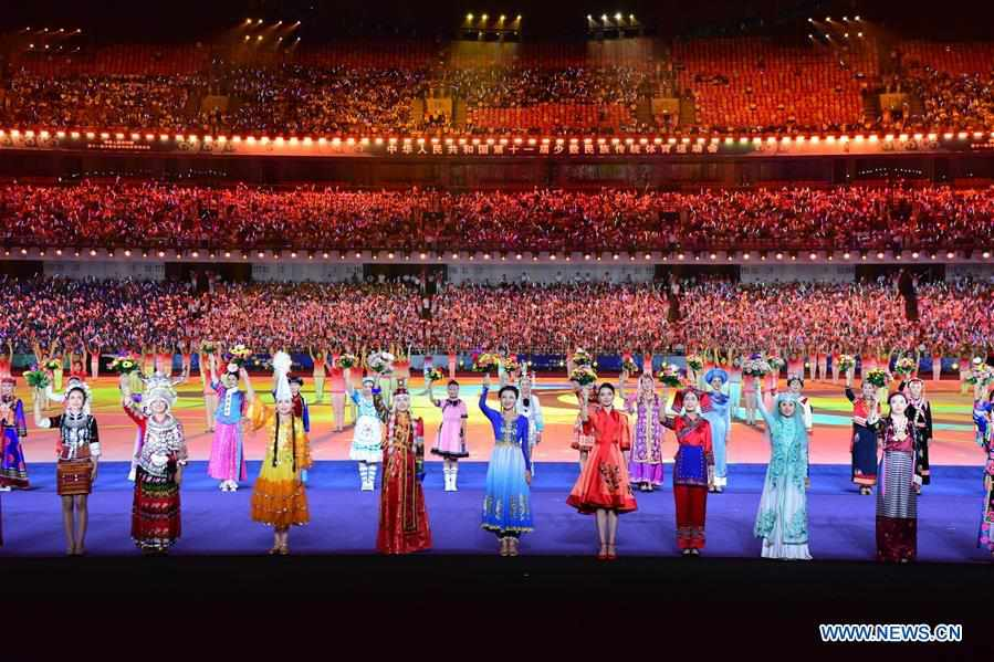 (SP)CHINA-ZHENGZHOU-NATIONAL TRADITIONAL GAMES OF ETHNIC MINORITIES-OPENING CEREMONY (CN)