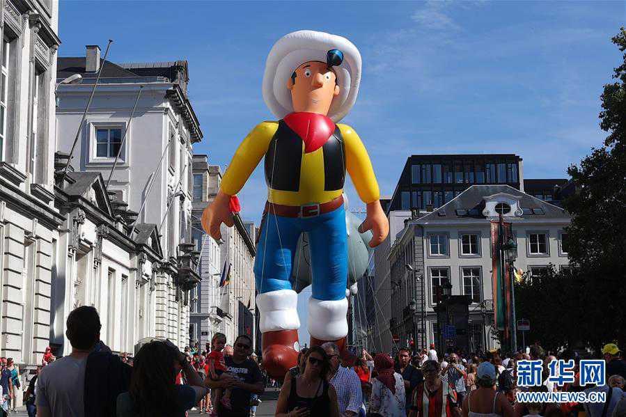 (国际)(3)布鲁塞尔举行卡通气球大巡游