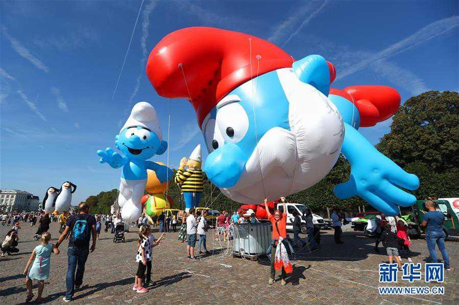 (國際)(4)布魯塞爾舉行卡通氣球大巡游