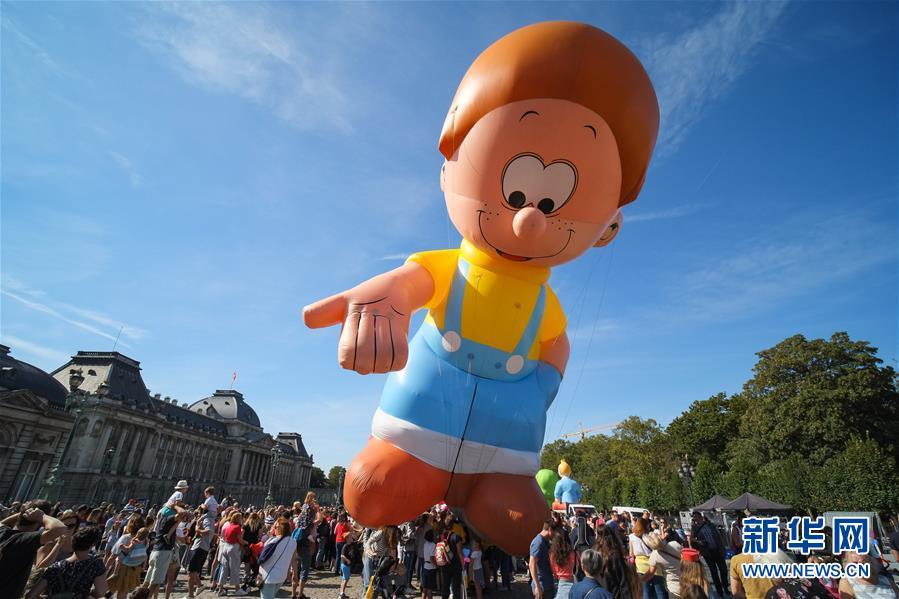 (國際)(5)布魯塞爾舉行卡通氣球大巡游