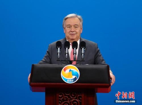 新中国70华诞收获国际社会满满点赞,各国政要送祝福康熙来了20101013