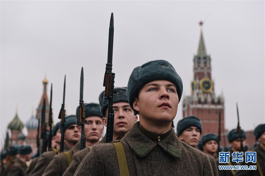 (国际)(1)俄罗斯举行纪念1941年红场阅兵78周年彩排