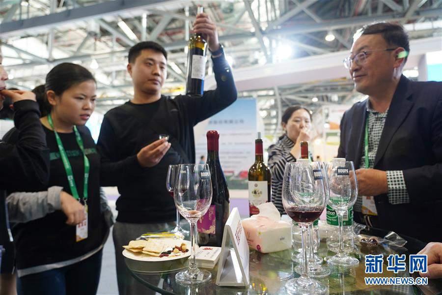 (经济)(1)第十七届中国国际农产品交易会在南昌开幕