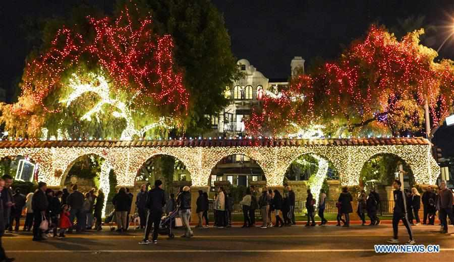 U.S.-CALIFORNIA-RIVERSIDE-FESTIVAL OF LIGHTS