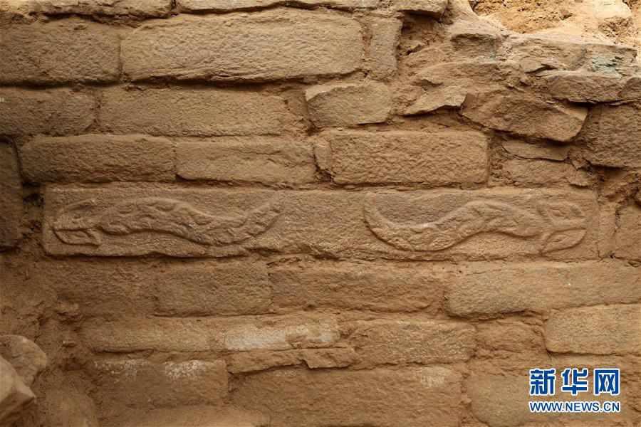 (文化)(5)陕西石峁遗址皇城台发现70余件精美石雕