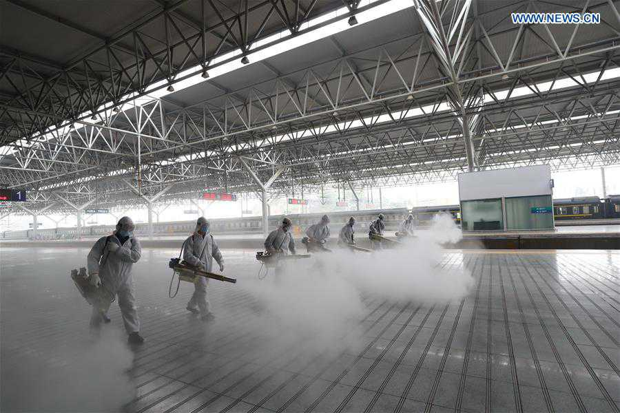 Firefighters conduct comprehensive disinfection at railway stations in Hubei