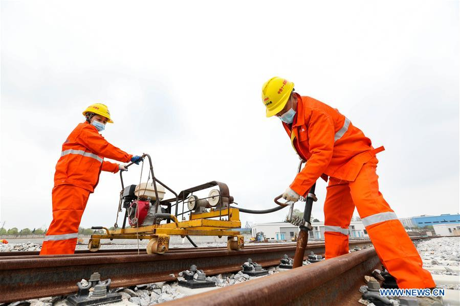 Wuhan Metro Line 5 resumes construction