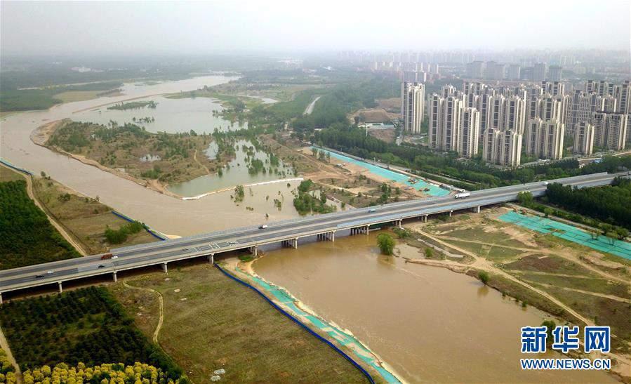 (图文互动)(1)永定河河北省廊坊段干涸25年后首次通水