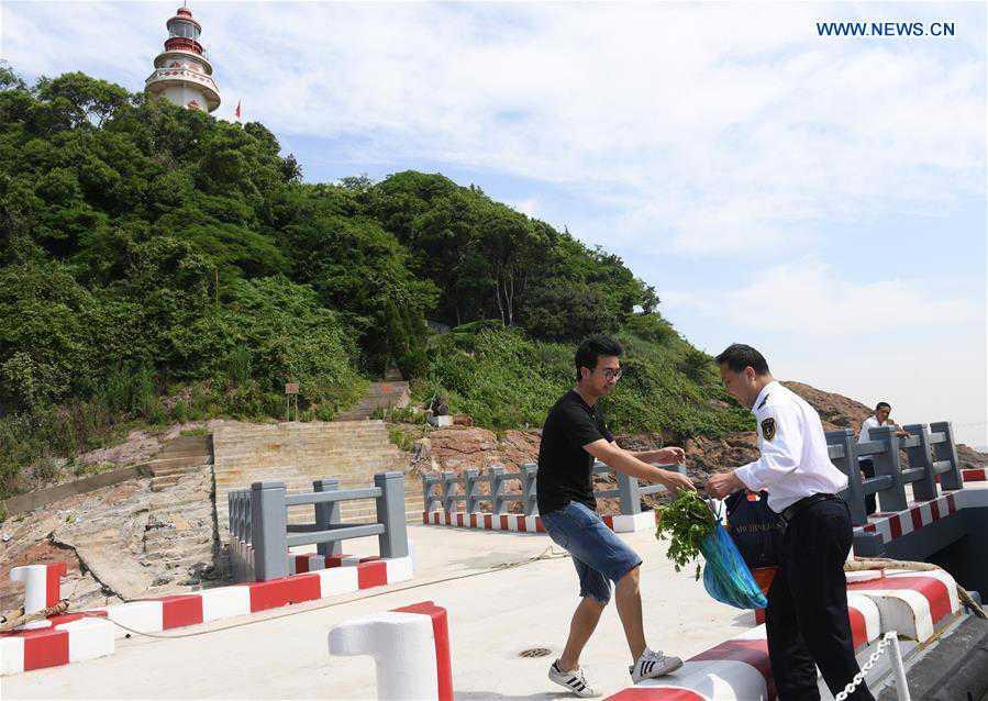 CHINA-ZHEJIANG-NINGBO-LIGHTHOUSE KEEPER (CN)