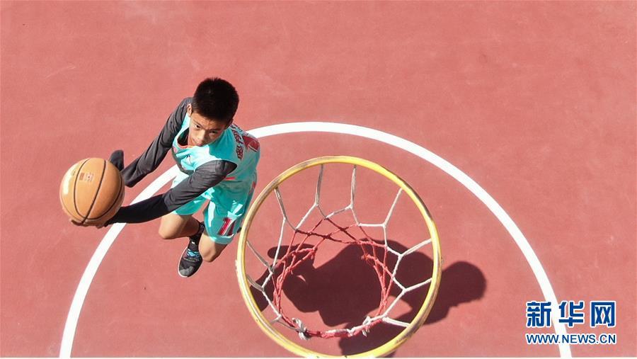 (体育)(2)独臂少年 篮球追梦
